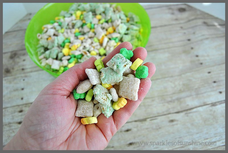 Handful of Lucky Charms Snack Mix at Sparkles of Sunshine