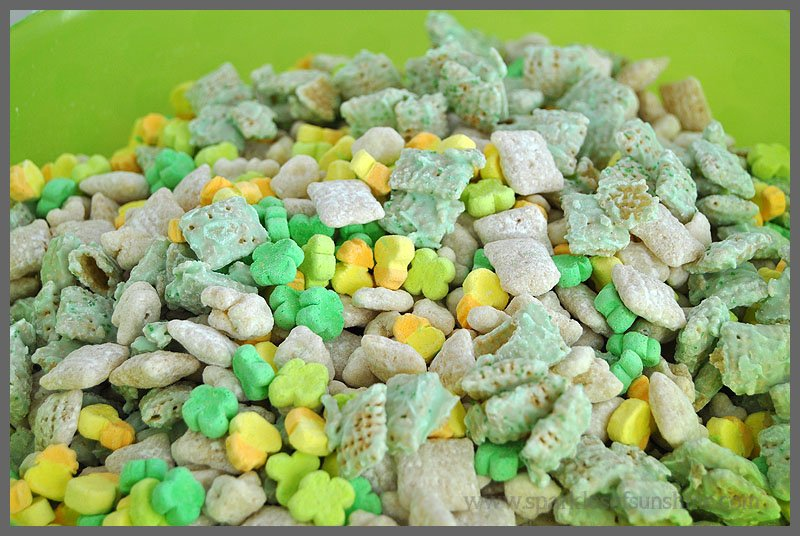 Sparkles of Sunshine recipe for Lucky Charms Snack Mix