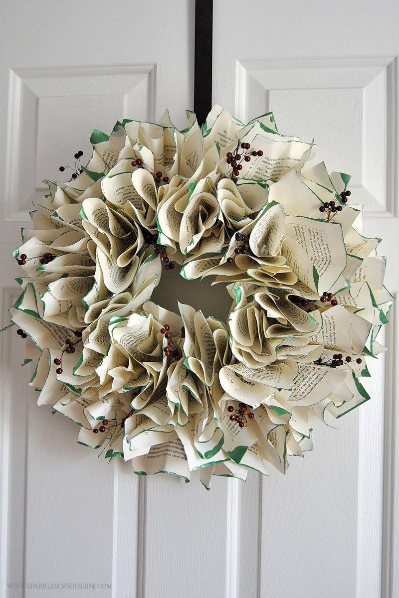 Origami DIY Christmas Wreath- Origami For Christmas - YouTube | 1200x800