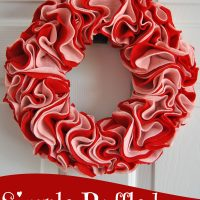 Who said decorating your home for Valentine's Day had to be complicated? Check out this simple ruffled Valentine wreath tutorial at Sparkles of Sunshine.
