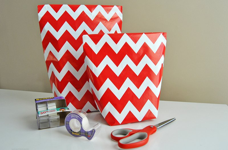 How To Make A Gift Bag From Wrapping Paper In 5 Simple Steps