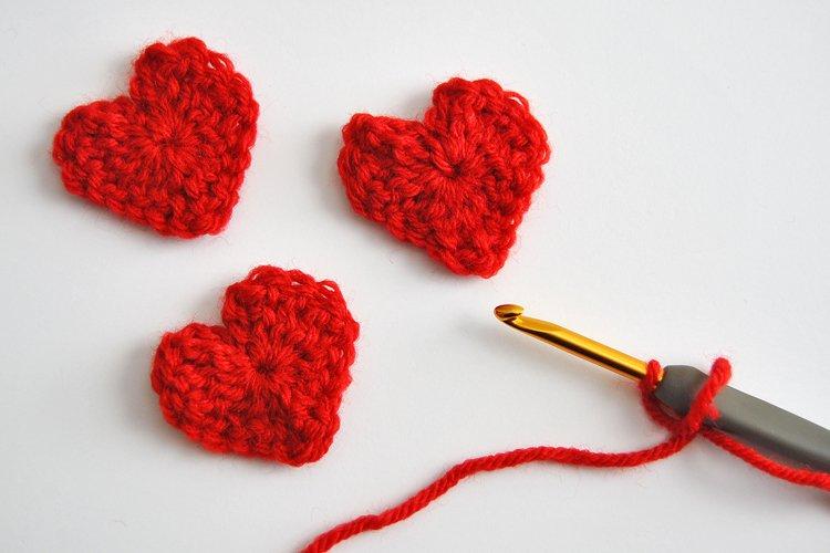 Easy & Free Heart Crochet Pattern for Valentine's Day