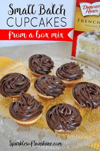 Craving cupcakes but don't want to make two dozen? Check out how easy it is to make a small batch of cupcakes from a box mix!